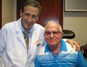 Pan Tadeusz skończył 72 lata i ma wiele powodów, żeby czuć się szczęśliwym. Ma żonę i wspaniałą rodzinę. Z rodziną mieszka w Stanach Zjednoczonych w Nowym Jorku. A przed kilkoma miesiącami spotkało go niesamowite szczęście, o którym opowiada ze łzami w oczach - odzyskał wzrok w prawym oku, utracony w dzieciństwie.
