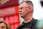 Działacze stalowowolskiej Platformy Obywatelskiej wraz z koalicjantami po 10 latach przypomnieli o akcji Zabij ceny paliw, zanim one… Towarzyszył im kanister symbol, który niegdyś wykorzystywano do protestów.