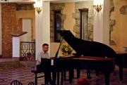 Rozpoczęły się Powiatowe Spotkania z Muzyką, których organizatorem jest Fundacja Wspierania Kultury Amadeusz. Koncerty będą się odbywać w klimatach na pograniczu sacrum i profanum.