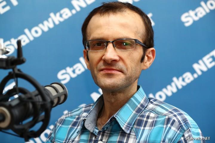 Mirosław Rewera, socjolog i wykładowca z Wydziału Zamiejscowego Prawa i Nauk o Społeczeństwie KUL w Stalowej Woli.