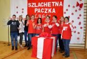 Rozdziałem darów zajmowało się 32 wolontariuszy pod kierunkiem Marii Piekarz, dyrektora Centrum Kształcenia Ustawicznego i Ośrodka Dokształcania i Doskonalenia Zawodowego w Stalowej Woli.
