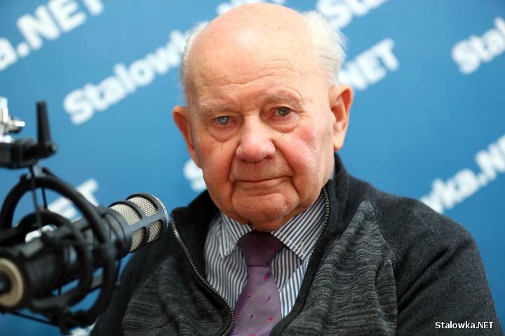 Wiesław Potasz, dyrektor naczelny Ośrodka Badawczo-Rozwojowego Maszyn Ziemnych i Transportowych Huty Stalowa Wola w latach 1972-1990.