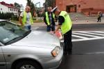 Na miejsce wezwana została grupa policyjnych techników, którzy dzięki zabezpieczonym śladom ustalą jak doszło do wypadku.