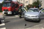 Kierującemu oplem za rażące naruszenie przepisów ruchu drogowego zostało zatrzymane prawo jazdy.
