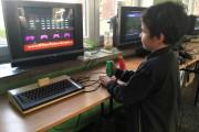 Popularnością wśród dzieci i dorosłych cieszył się salon komputerów retro.