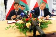 Prezydent Stalowej Woli Lucjusz Nadbereżny oraz Sebastian Murawski, pełnomocnik Agencji Rozwoju Przemysłu podpisali list intencyjny o realizacji programu Fabryka w Stalowej Woli.