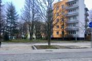 Z redakcją Stalowka.NET skontaktowali się mieszkańcy ulicy Poniatowskiego w Stalowej Woli. Proszą o dopilnowanie aby władze miasta, zgodnie z niegdyś daną obietnicą wybudowali ciąg dla pieszych w stronę ogrodów działkowych.