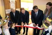 W Szkole Podstawowej w Rzeczycy Długiej odbyło się symboliczne otwarcie nowego, aczkolwiek funkcjonującego już punktu przedszkolnego, połączone z uroczystością pasowania na przedszkolaka 20 maluchów.
