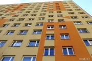 Od 1 stycznia 2019 r. prawo użytkowania wieczystego gruntów zabudowanych budynkami mieszkalnymi przestało istnieć. Dla właścicieli mieszkań oznacza to koniec z rocznymi opłatami za użytkowanie wieczyste, z kolei dla gmin mniejsze dochody do budżetu.