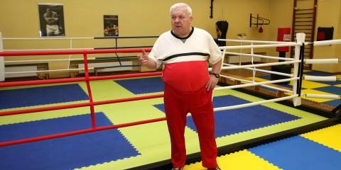 Śp. Lucjan Trela był założycielem sekcji bokserskiej Feniks działającej przy MOSiR Stalowa Wola.