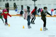 Z wyliczeń Miejskiego Ośrodka Sportu i Rekreacji wynika, że między 1 grudnia 2018 roku a 28 lutego 2019 roku mobilne lodowisko na Placu Piłsudskiego odwiedziło 19 814 osób.