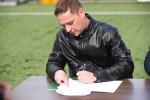 Na boisku ze sztuczną murawą przy ulicy Hutniczej w Stalowej Woli podpisano list intencyjny, rozpoczynający współpracę między Stalą Stalowa Wola Piłkarską Spółką Akcyjną a Akademią Piłkarską.