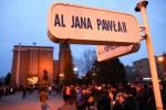 Wierni wyruszyli o godzinie 19:30 z Bazyliki Konkatedralnej, udając się Alejami Jana Pawła II pod Krzyż Milenijny, rozważając na szlaku czternaście stacji.
