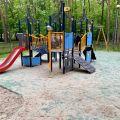 Absurdy miasta Stalowa Wola: Zapomniany plac zabaw dla małych dzieci