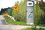Za mostem na rzece Łęg w Kępiu Zaleszańskim (gmina Zaleszany) doszło do wypadku drogowego, w którym dwie osoby zostały ranne.