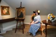 W Galerii Malarstwa Alfonsa Karpińskiego była okazja zrobić sobie zdjęcie z jego pracowni.