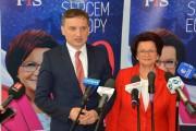 Minister Sprawiedliwości Zbigniew Ziobro i promowana przez niego na europosła Maria Kurowska.