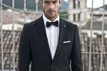 Pełną ofertę garniturów ślubnych i niezbędnych na te okazję dodatków znajdziesz w salonie Borgio mieszczącym się w CH VIVO! przy ul. Chopina 42 w Stalowej Woli.