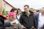 Premier RP Mateusz Morawiecki odwiedził miejscowość Ruda w gminie Bojanów w związku z trudną sytuacją powodziową.