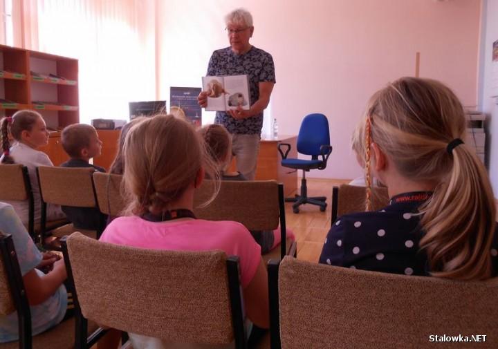 W Filii nr 2 odbyło się m.in. spotkanie z głośnym czytaniem w ramach trwającego Ogólnopolskiego Tygodnia Czytania Dzieciom, a gościem był Zdzisław Surowaniec, redaktor Echa Dnia.