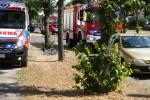Na ulicy Niezłomnych samochód osobowy potrącił rowerzystkę.