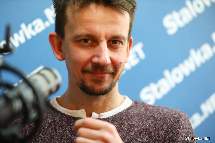 Pochodzący ze Stalowej Woli, Ambasador - Modest Ruciński jest pomysłodawcą i organizatorem czterodniowego cyklu wydarzeń kulturalnych pod nazwą Stodoła Kultury i Sztuki.