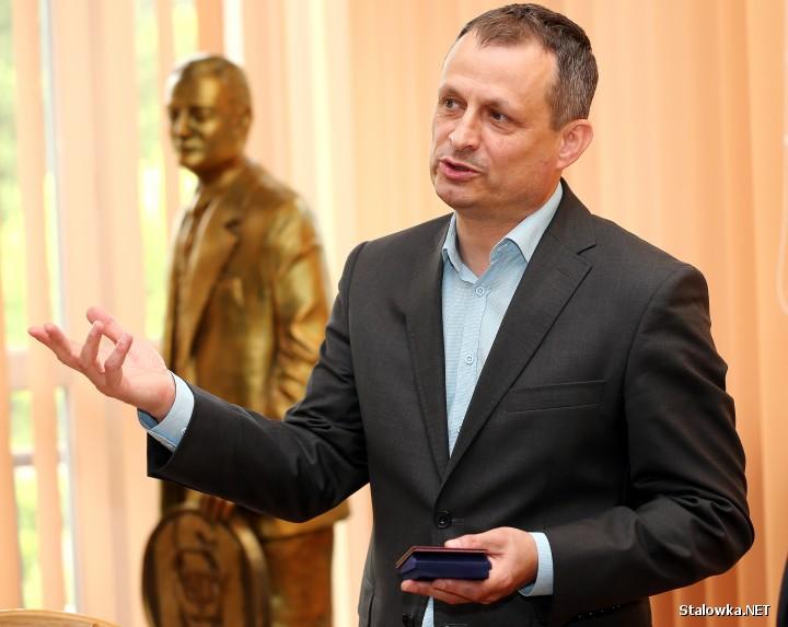 Zdzisław Gawlik, ESW nazwał symbolicznym miejscem, które przez 80 lat było znaczącym pracodawcą w regionie, wpisywało się w element budowy państwa polskiego i strategii bezpieczeństwa energetycznego.