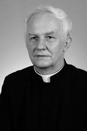 Śp. ks. kan. Władysław Drewniak.
