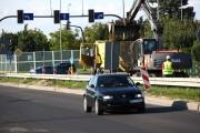 Do zakończenia remontu rozwiązanie z wyłączoną sygnalizacją świetlną gdzie kierowcy powinni stosować się do znaków drogowych, będzie obowiązywało od godziny 6:00 do 19:00.