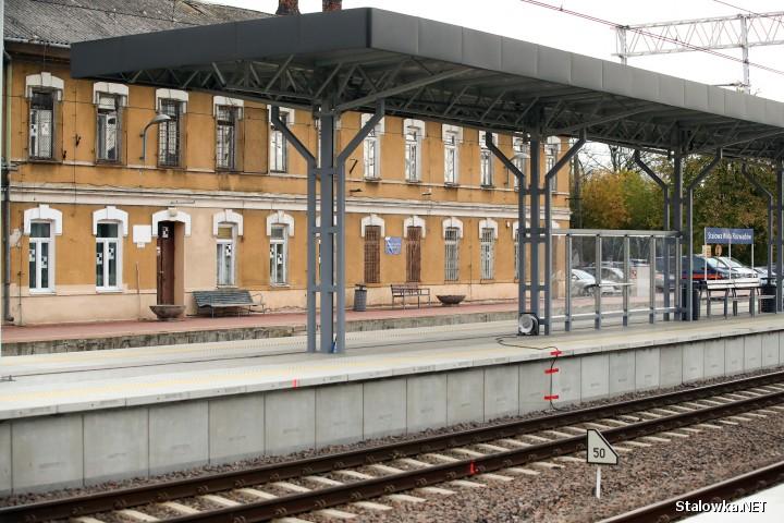 Stacja Rozwadów: nowe perony i infrastruktura na Lublin.