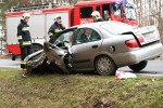 Do groźnego wypadku doszło w Jamnicy. Pojazdy zderzyły się czołowo.