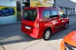 Na wyposażenie Komendy Powiatowej Państwowej Straży Pożarnej w Stalowej Woli trafi nowy samochód marki Opel Combo Life z silnikiem benzynowym o pojemności 1,2, w czerwonym kolorze.