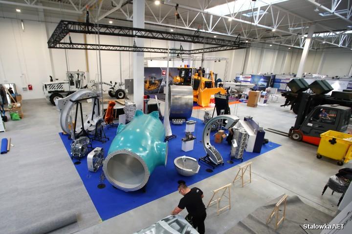 Trwają ostatnie przygotowania do Polskiej Wystawy Gospodarczej, która odbędzie się 16 stycznia w nowowybudowanej hali Agencji Rozwoju Przemysłu na ulicy Kasprzyckiego.