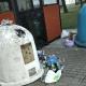 Stalowa Wola: Pełne kubły na śmieci bo auta zastawiają wjazd śmieciarkom