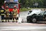Na wylotówce na Tarnobrzeg doszło do wypadku drogowego, w którym dwie osoby zostały ranne.