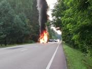 W miejscowości Przyszów doszło do pożaru samochodu.