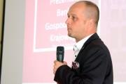 Rekomendowany na pełniącego obowiązki jest Grzegorz Czajka, dotychczasowy dyrektor rozwoju regionu na Podkarpacie Banku Gospodarstwa Krajowego.
