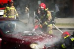 Na ulicy Poniatowskiego w Stalowej Woli doszło do pożaru samochodu.