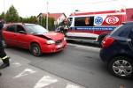 Do zderzenia dwóch pojazdów doszło na Alejach Jana Pawła II na górce rozwadowskiej.