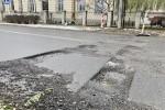 Kierowcy jeżdżący ulicą Rozwadowską są oburzeni niedokończonymi pracami, które mają miejsce pomiędzy Galerią Malarstwa Alfonsa Karpińskiego a budynkiem Sokoła.