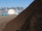 W Zakładzie Mechaniczno-Biologicznego Przetwarzania Odpadów Miejskiego Zakładu Komunalnego w Stalowej Woli produkowany jest ekologiczny polepszacz glebowy, wytwarzany z zielonych i bio odpadów.