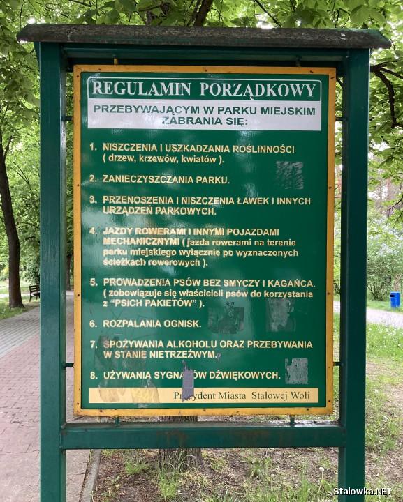- Nikt nie respektuje tego co jest zawarte w regulaminie Parku - stwierdza jeden z mężczyzn.