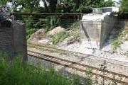 Na ulicy Traugutta w Stalowej Woli trwa remont wiaduktu kolejowego. Prace mają się zakończyć w tym roku.