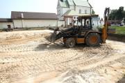 Rozpoczęły się prace przy budowie boiska wielofunkcyjnego o wymiarach 19x32 metry przy Klasztorze Braci Mniejszych Kapucynów w Stalowej Woli.
