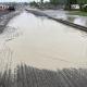 Stalowa Wola: Kierowcy alarmują, że po opadach deszczu na Przemysłowej powstaje ogromna kałuża