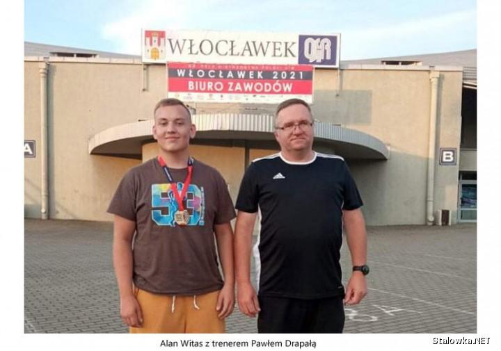 Alan Witas z trenerem Pawłem Drapałą.