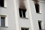 Na ulicy Dmowskiego w Stalowej Woli doszło do pożaru mieszkania. Lokal spalił się doszczętnie.