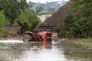 Po pierwszej powodzi wynikało, że blisko 5 000 budynków z powiatu tarnobrzeskiego było zalanych. Natomiast po pierwszej fali 50 budynków zakwalifikowało się do rozbiórki - komentuje inspektor.