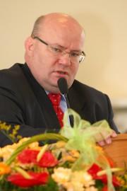 - Na pewno II tura będzie bardzo pasjonująca. Wygra Kaczyński, choć z mniejszymi rozmiarami - ocenia II turę wyborów prezydent miasta.