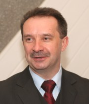 Prokurator Janusz Woźnik mile wspomina prace w stalowowolskiej prokuraturze.